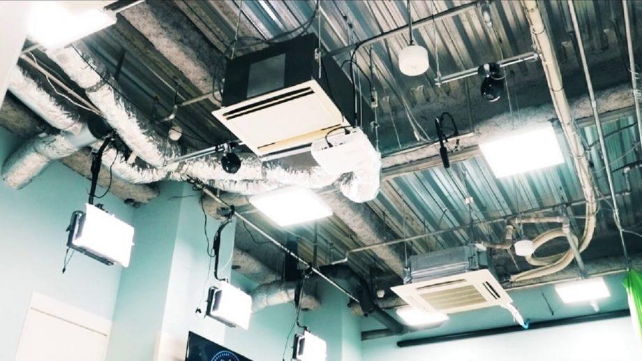 スタジオ天井