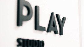 play_studio_wall_thumb